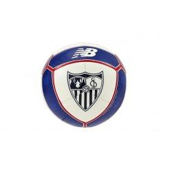 Balón del Sevilla FC marca New Balance
