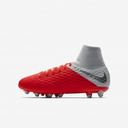 NIKE JR HYPERVENOM 3 ACADEMY DF AG-PRO FOOTBALL BOOTS Color carmesi