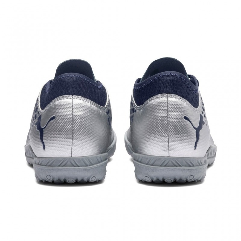 fb25ec79286ab8 ... Football Boots PUMA FUTURE 2.4 TURF Junior Color puma silver-blue ...