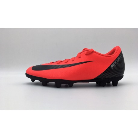 f524c52e83a Botas de fútbol NIKE VAPOR 12 CLUB CR7 FG MG Color rojo