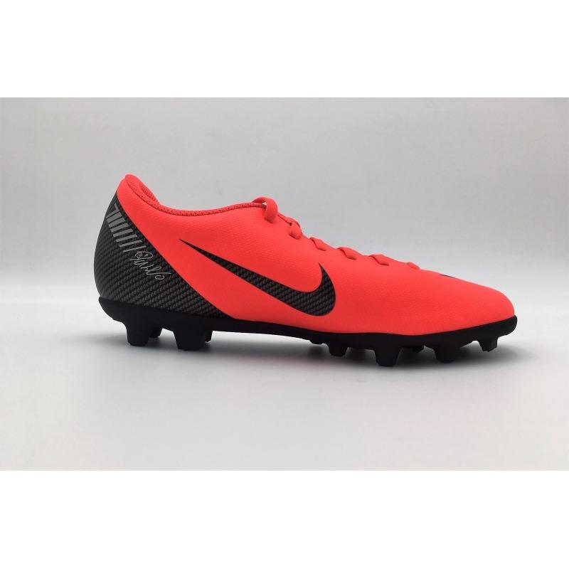 newest 58eb4 eda28 ... Botas de fútbol NIKE VAPOR 12 CLUB CR7 FG MG Color rojo ...