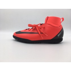 Botas de fútbol NIKE JR SUPERFLY 6 CLUB CR7 TURF Junior Color rojo
