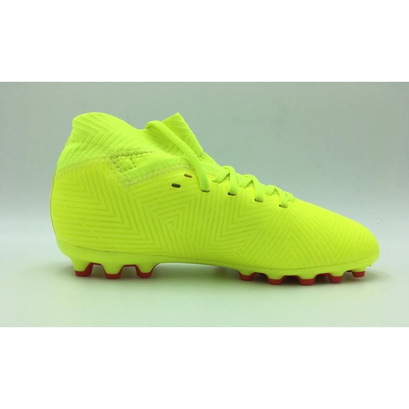 3cd5e61a1619 ... Botas de fútbol ADIDAS NEMEZIZ 18.3 AG Junior - EXHIBIT PACK ...