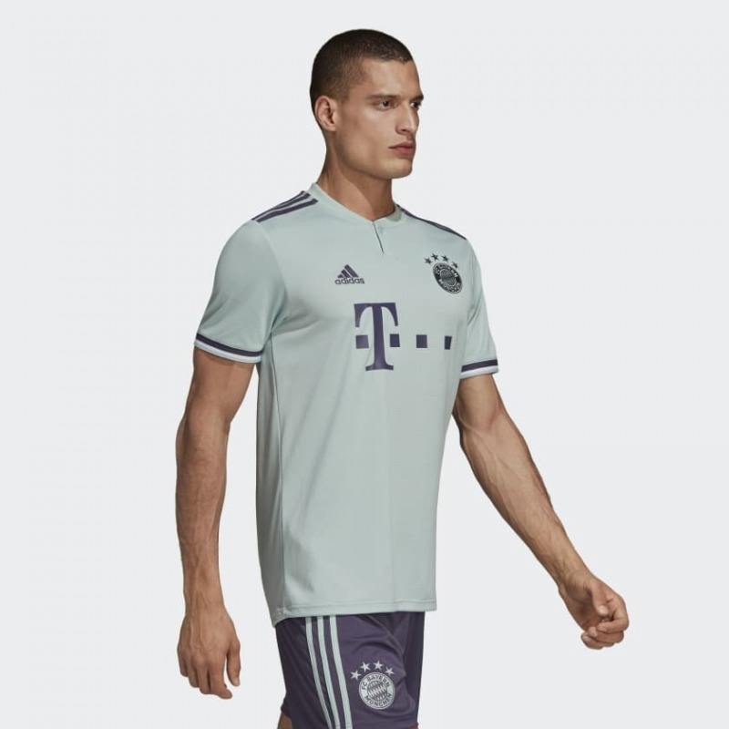 8f84e07de06 Soccer Solution Store | Tshirt Away Bayern of München 18/19 Adidas